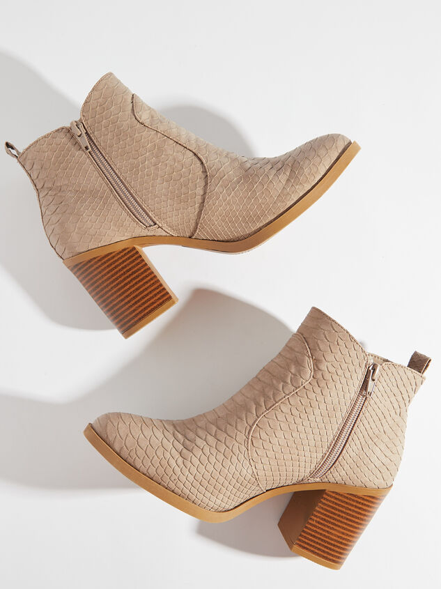 Kolby Booties - Taupe Detail 5 - Altar'd State