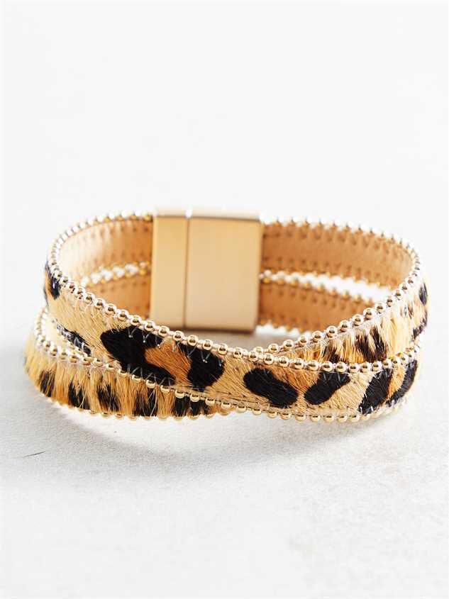 Safari Bracelet Detail 2 - Altar'd State