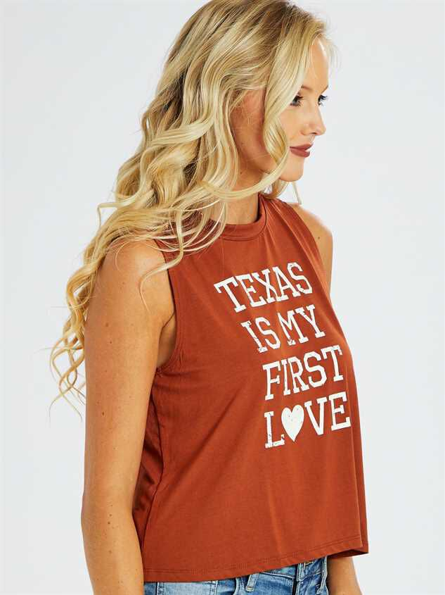 Texas First Love Top Detail 2 - Altar'd State