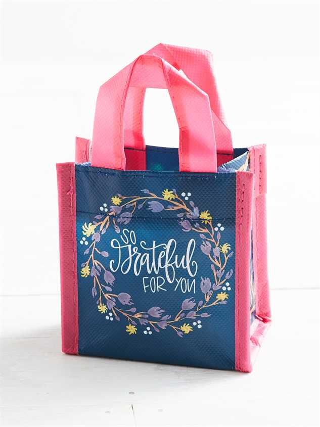Grateful For You Mini Gift Bag Detail 2 - Altar'd State