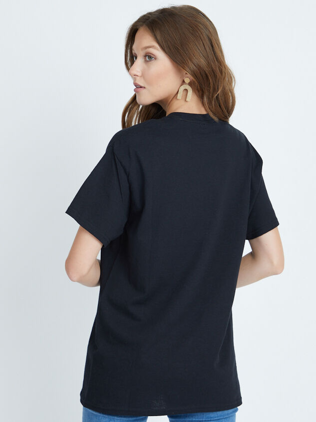 Big Bend Oversized Tee Detail 2 - Altar'd State
