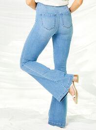 Kane Flare Jeans Detail 5 - Altar'd State