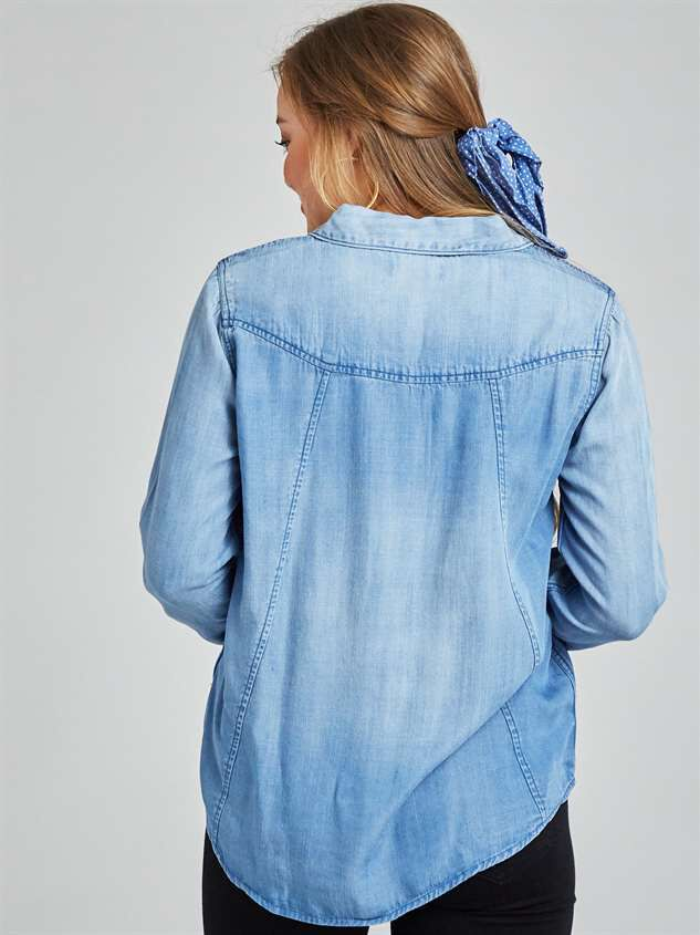 Classic Button-Up Top Detail 3 - Altar'd State