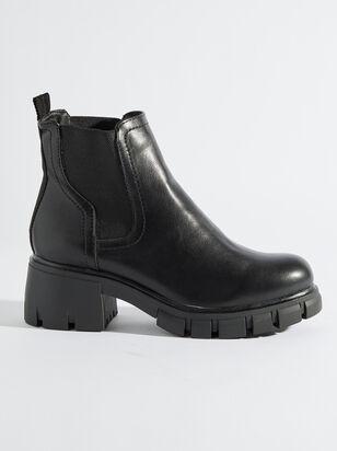 Johleen Boots - Altar'd State