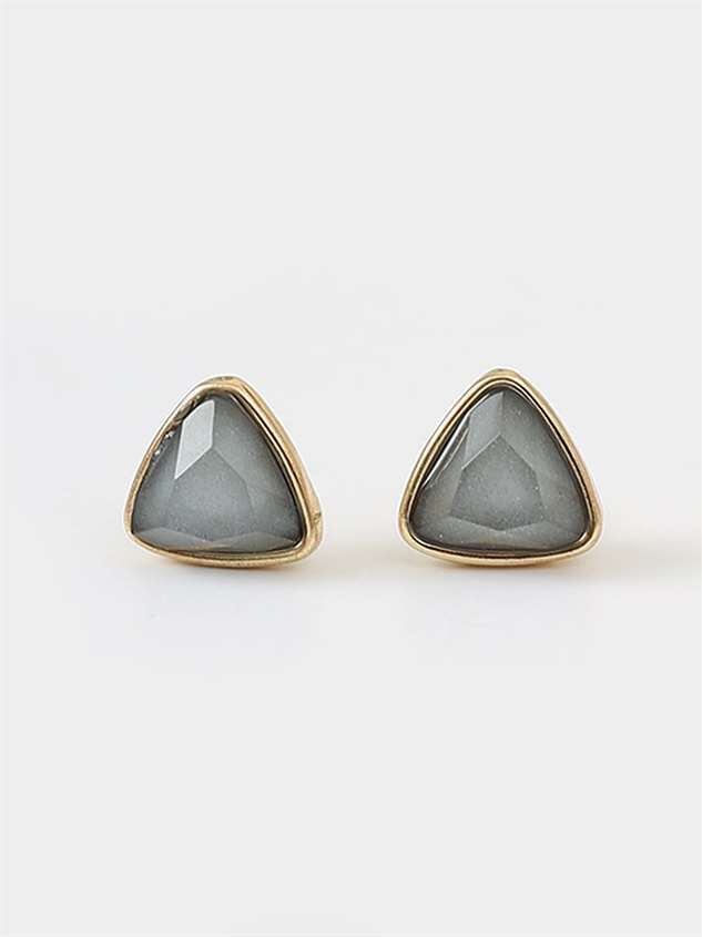 Pearled Triangle Earring Set Detail 5 - Altar'd State