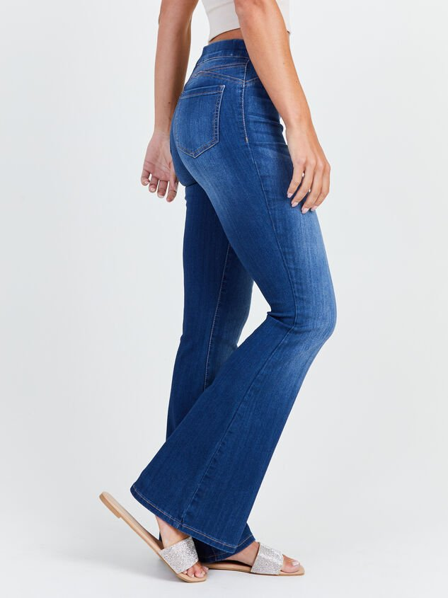 Luttrell Flare Jeans Detail 3 - Altar'd State