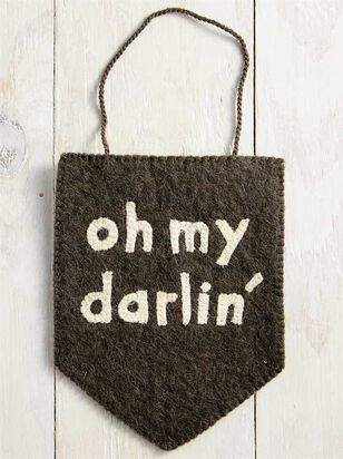 Tullabee Oh My Darling Banner - Altar'd State