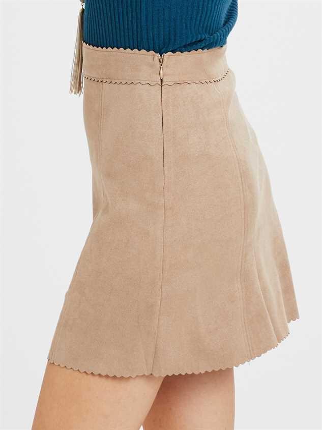 Averly Skirt Detail 3 - Altar'd State