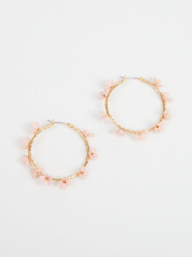 Allison Hoop Earrings Detail 4 - Altar'd State