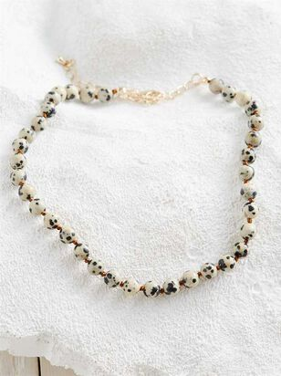 Keeping It Natural Choker Necklace - Altar'd State