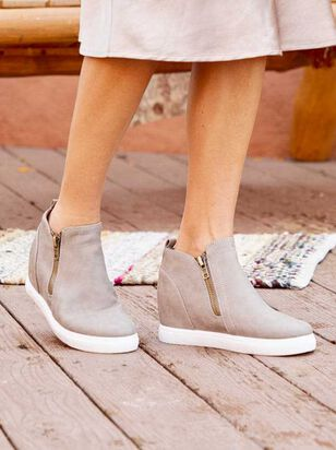Santana Wedge Sneakers