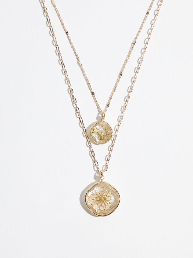 Olivia Flower Necklace Detail 1 - Altar'd State