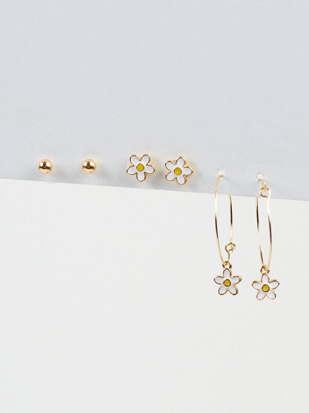 Daisy Mini Hoop Earring Set Detail 2 - Altar'd State