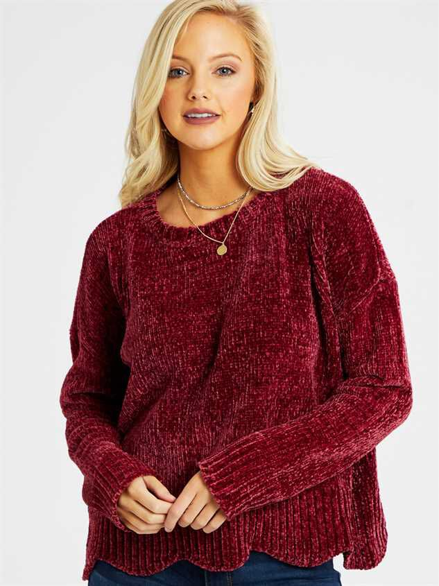 Eversoft Chenille Scalloped Sweater Detail 2 - Altar'd State