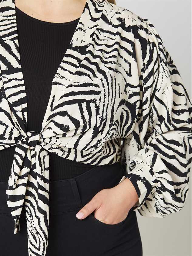 Zebra Tie Front Kimono Detail 4 - Altar'd State