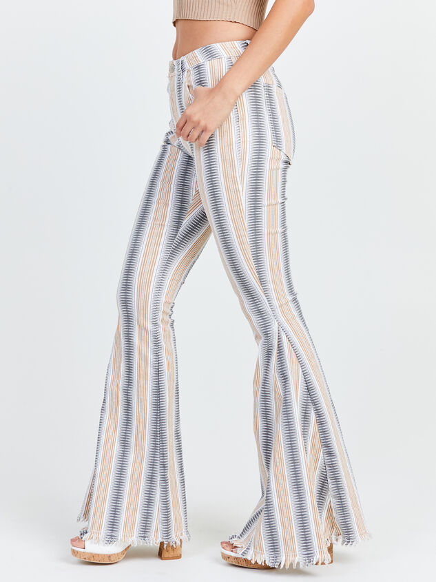 Jess Flare Jeans Detail 3 - Altar'd State