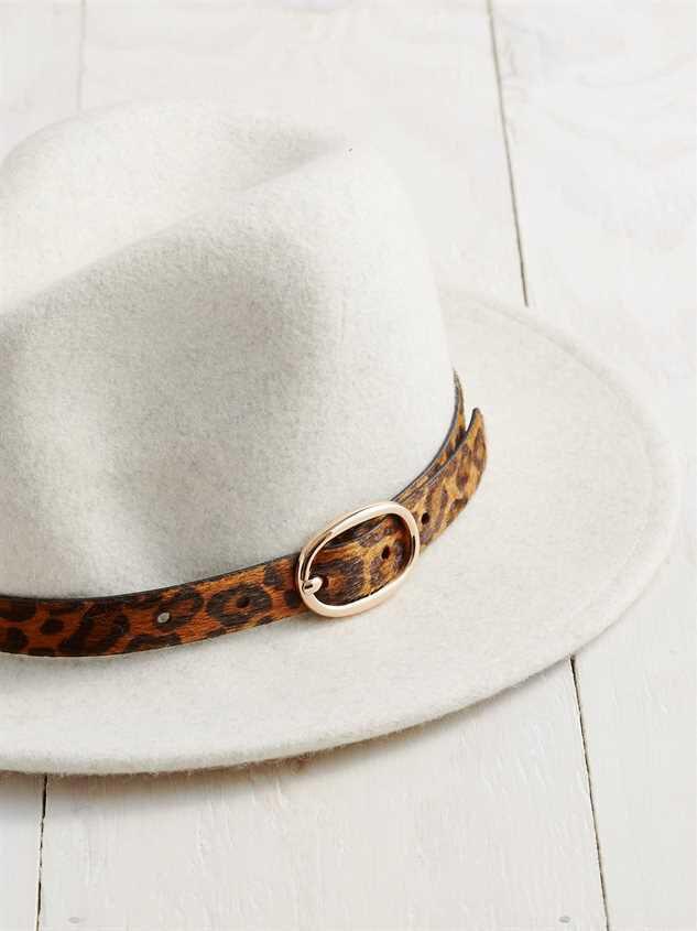 Leopard Belted Hat Detail 2 - Altar'd State