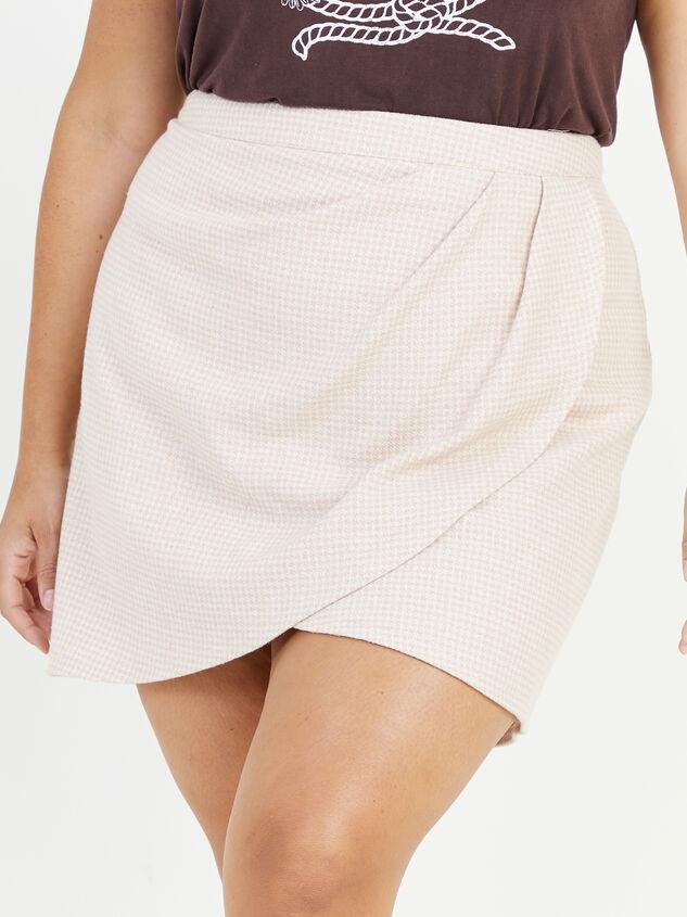 Alani Gingham Skirt Detail 2 - Altar'd State