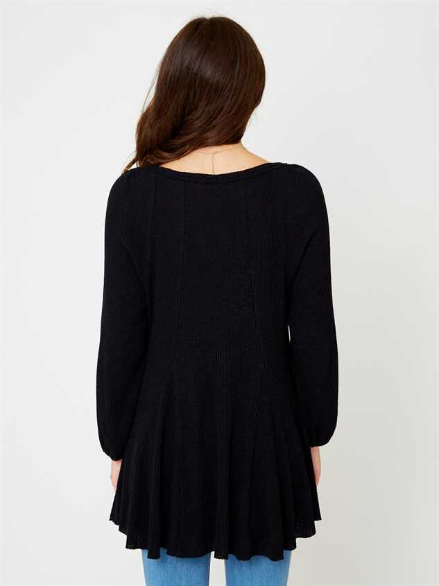 Lana Henley Tunic Top Detail 3 - Altar'd State