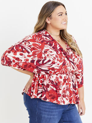 Giovanni Floral Top - Altar'd State