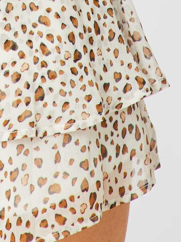 Leopard Ruffle Romper Detail 5 - Altar'd State