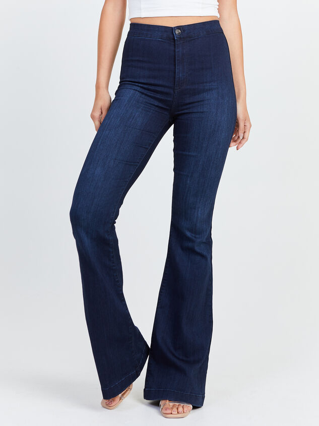Bexley Flare Jeans Detail 2 - Altar'd State