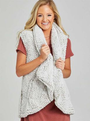 Wubby Waterfall Outerwear Vest - Altar'd State