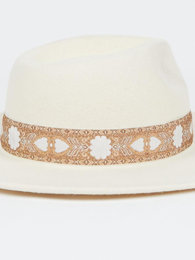 Leon Hat Detail 3 - Altar'd State