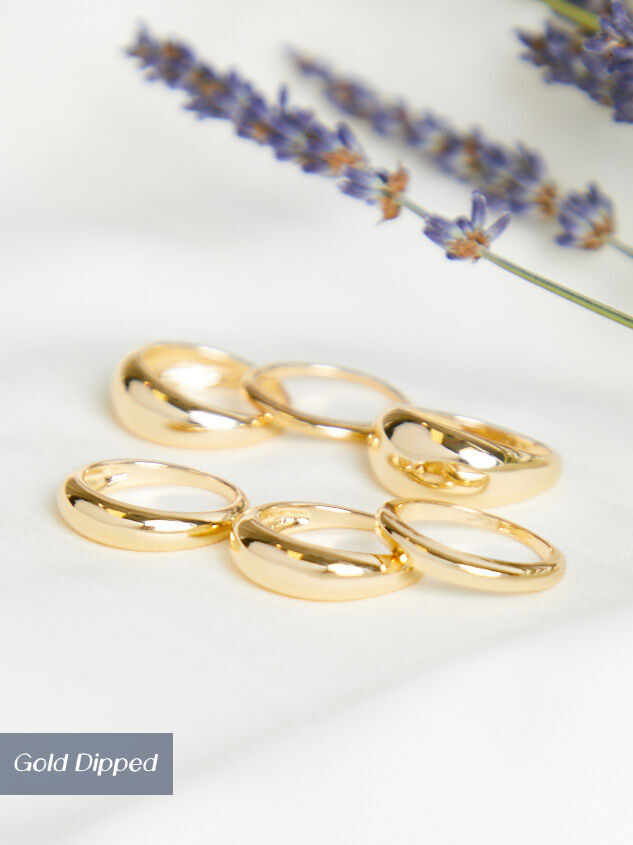 Classic Ring Set Detail 2 - Altar'd State