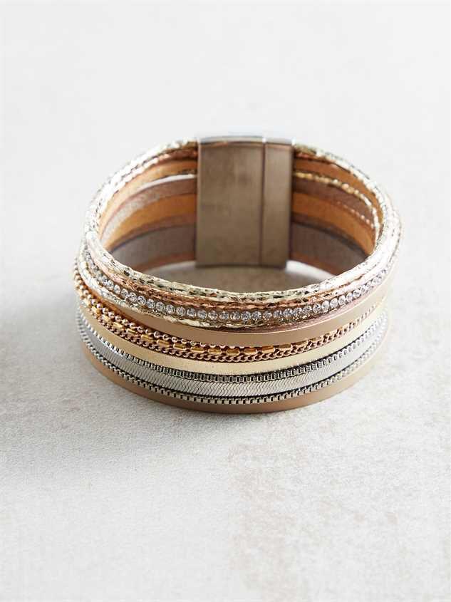 Jude Bracelet Detail 2 - Altar'd State
