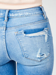 Kaylie Skinny Jeans Detail 6 - Altar'd State