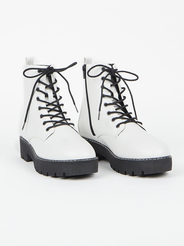 Hadley Boots - Altar'd State