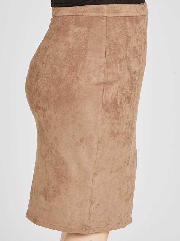 Nola Skirt Detail 3 - Altar'd State