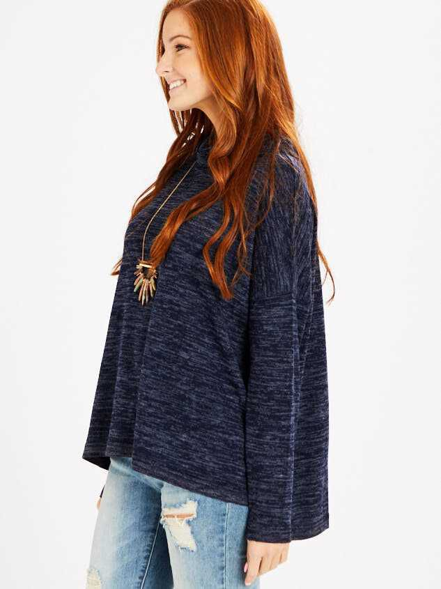 Barlow Top - Heather Navy Detail 2 - Altar'd State