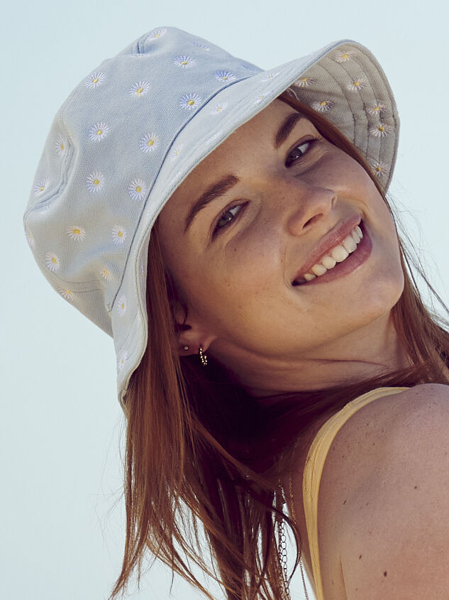 Daisy Bucket Hat Detail 1 - Altar'd State