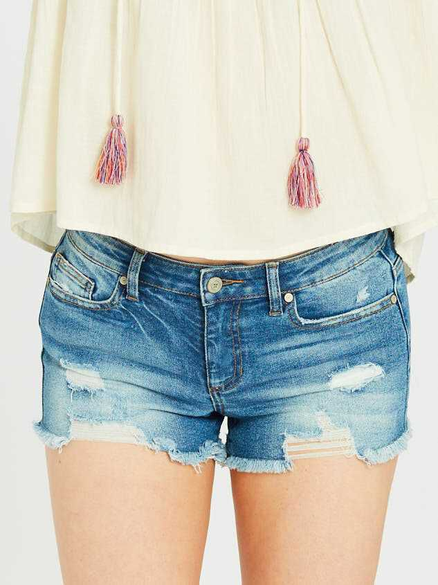 Norris Denim Shorts Detail 3 - Altar'd State