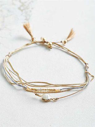 Pearl Friendship Bracelet - Altar'd State