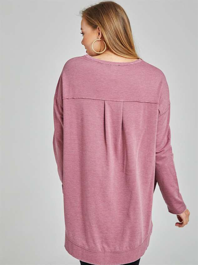 Weekender Tunic Top Detail 3 - Altar'd State