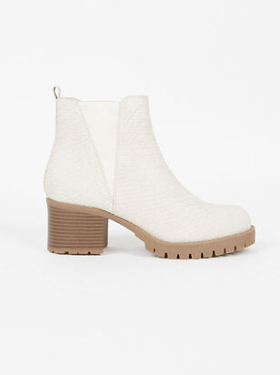 Edele Booties - Altar'd State