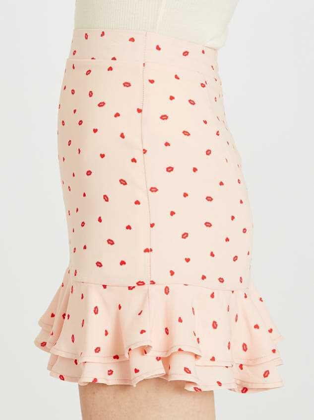 Sweetheart Skirt Detail 4 - Altar'd State