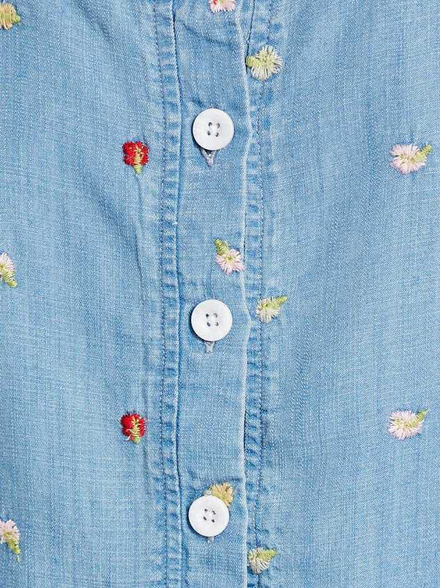 Sweet Chambray Top Detail 4 - Altar'd State