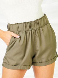 Cargo Shorts Detail 3 - Altar'd State