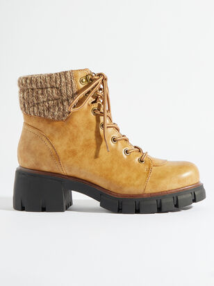 Catie Boots - Altar'd State