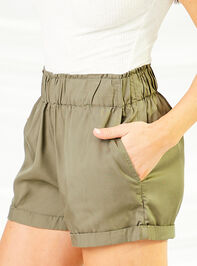 Cargo Shorts Detail 4 - Altar'd State