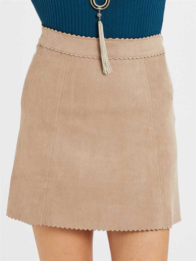 Averly Skirt Detail 2 - Altar'd State