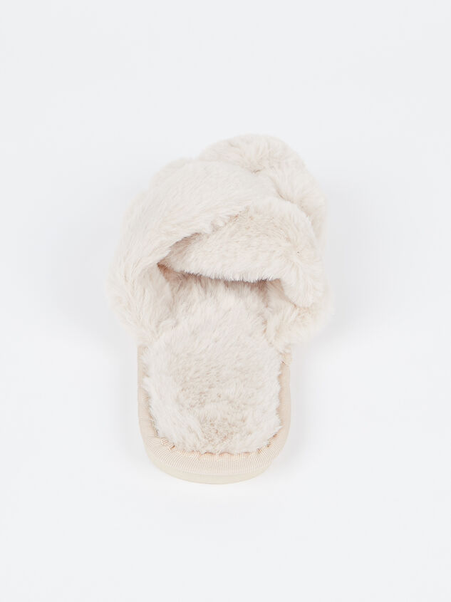 Forever Cozy Slippers Detail 4 - Altar'd State