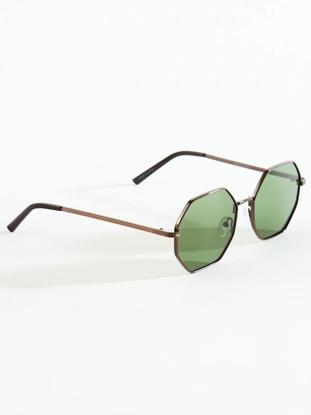 Baldwin Octagonal Sunglasses Detail 2 - Altar'd State