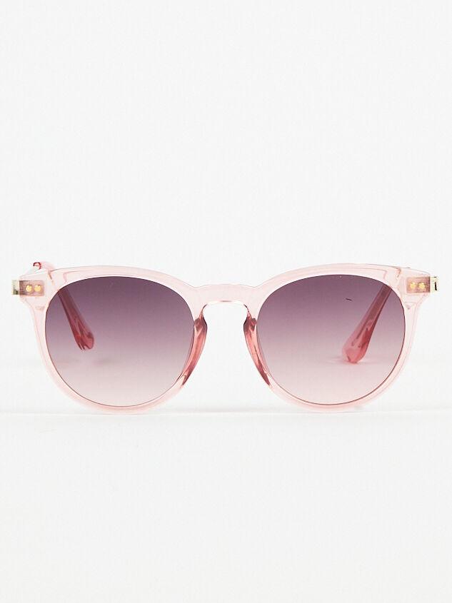 Memory Lane Sunglasses Detail 1 - Altar'd State