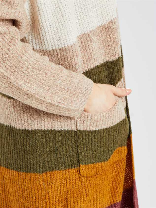 Bennett Cardigan Sweater Detail 4 - Altar'd State