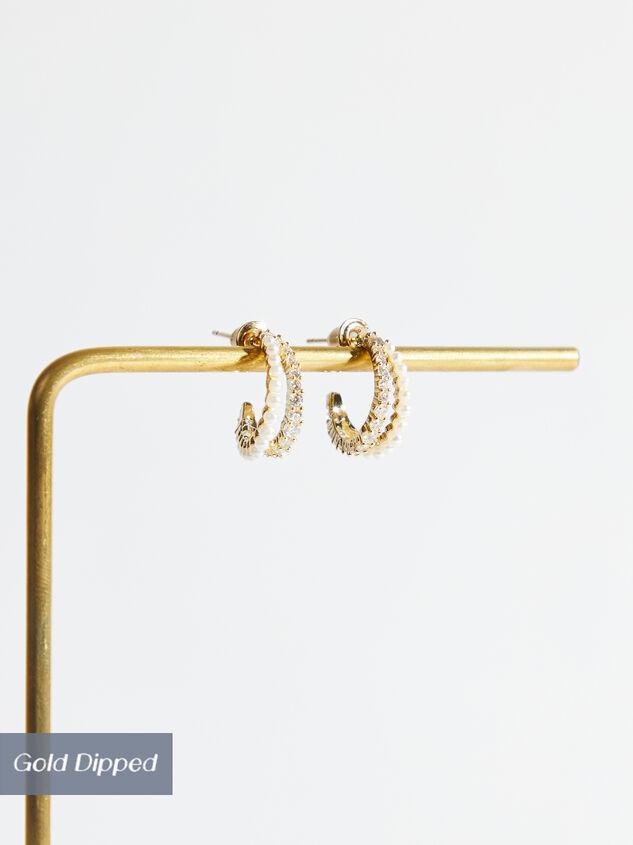 Faye Hoop Earrings Detail 1 - Altar'd State